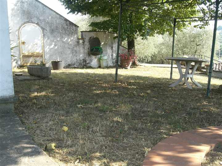 Villa in vendita a Poggio a Caiano, 8 locali, Trattative riservate | Cambio Casa.it