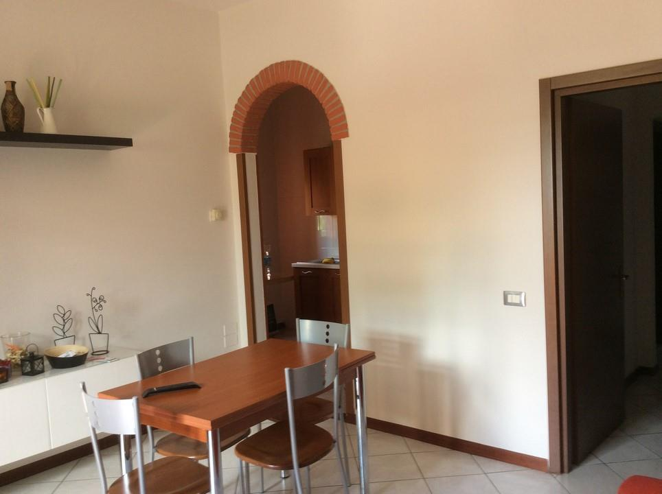 Appartamento in vendita a Montemurlo, 3 locali, zona Zona: Bagnolo, prezzo € 135.000 | Cambio Casa.it