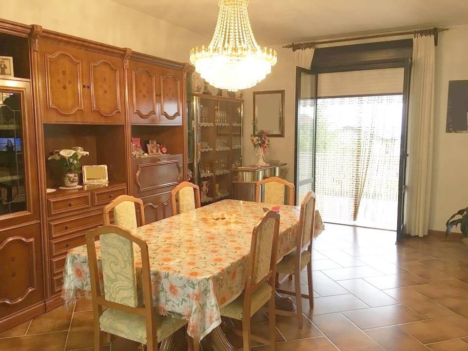 Villa Bifamiliare in Vendita a Montemurlo