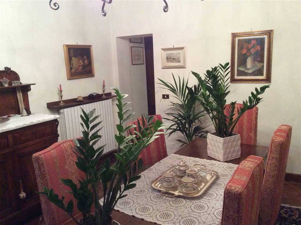 Villa in vendita a Quarrata, 8 locali, Trattative riservate | Cambio Casa.it