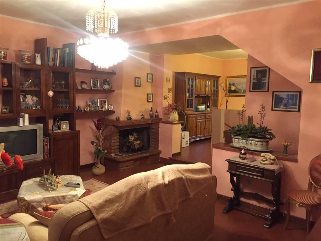 Villa a Schiera in Vendita a Montale