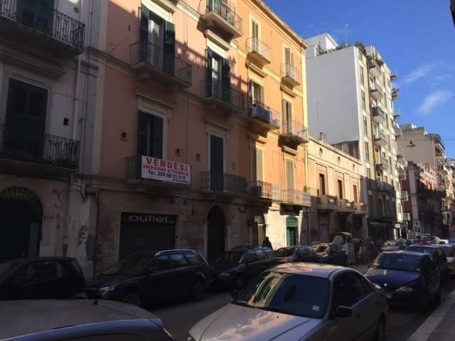 Appartamento in vendita a Bari, 3 locali, zona Zona: Murat, prezzo € 182.000 | CambioCasa.it