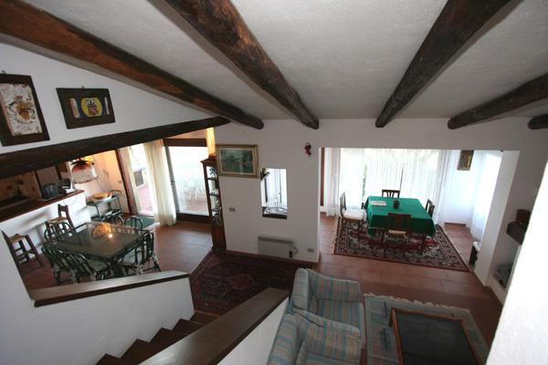 Villa in vendita a Santa Teresa Gallura, 7 locali, prezzo € 650.000 | CambioCasa.it