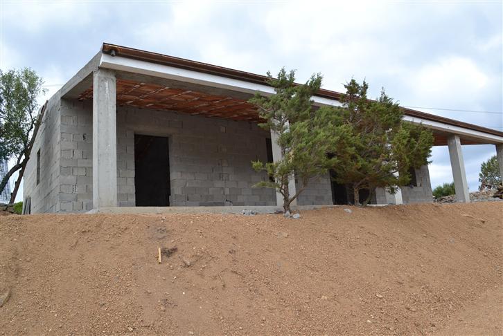 Villa in vendita a Palau, 7 locali, prezzo € 440.000 | CambioCasa.it
