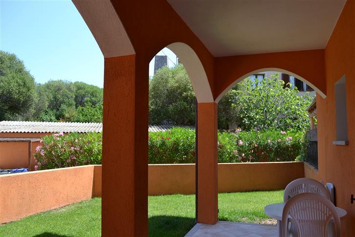 Appartamento in vendita a Palau, 4 locali, zona Zona: Capannaccia, prezzo € 195.000   CambioCasa.it