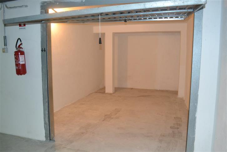 Box / Garage in vendita a Palau, 1 locali, prezzo € 21.000 | CambioCasa.it