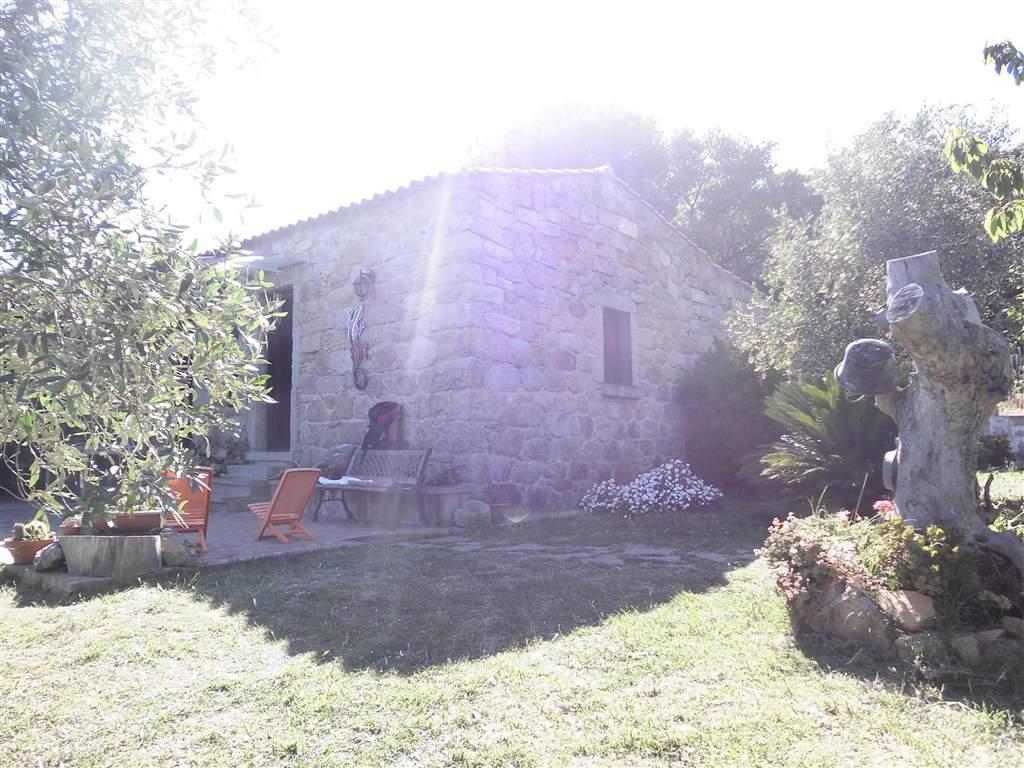 Soluzione Indipendente in vendita a Arzachena - Porto Cervo, 5 locali, zona Zona: Padula d'Izzana (Cudacciolu), prezzo € 620.000 | Cambio Casa.it