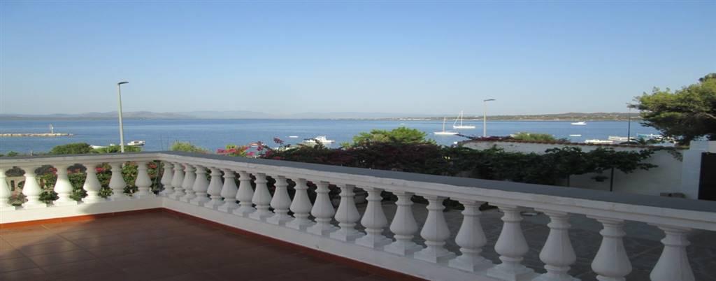 Villa in vendita a Calasetta, 9 locali, Trattative riservate | CambioCasa.it