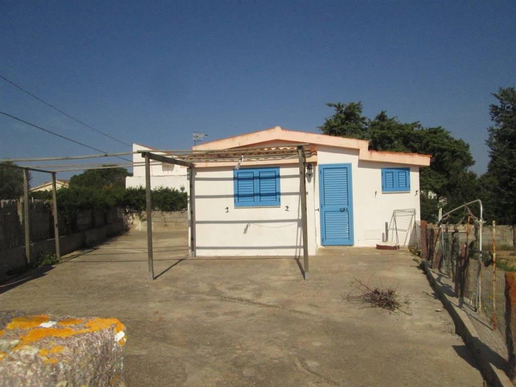 Appartamento in vendita a Calasetta, 4 locali, prezzo € 95.000 | CambioCasa.it