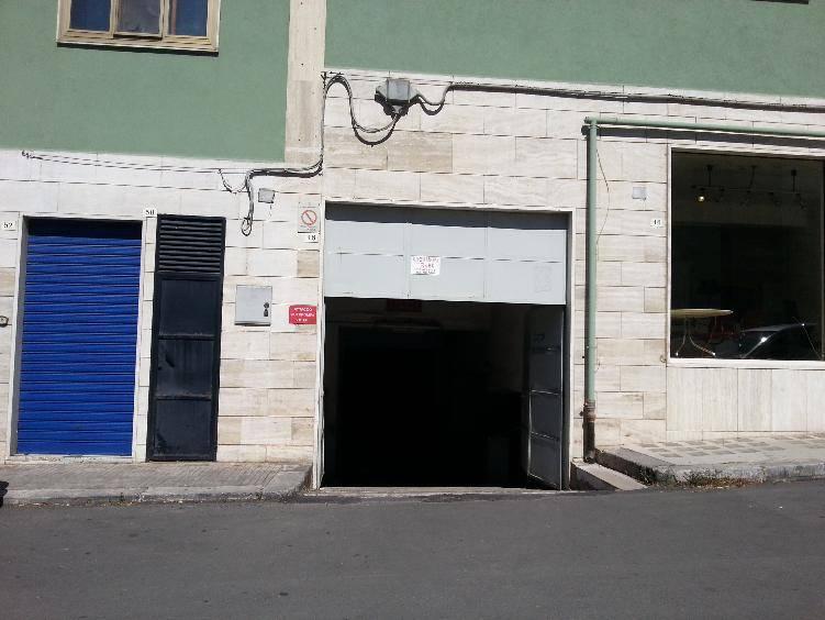 Garage / Posto auto in Via Fullone, Martina Franca