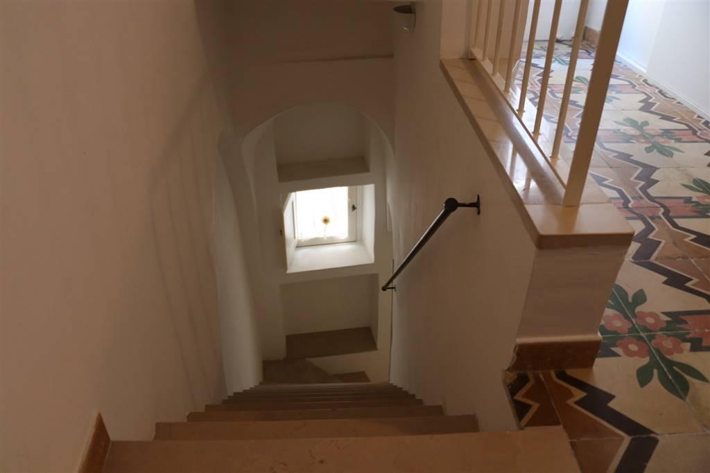 ACCESSO SECONDO PIANO: Appartamento indipendente in Centro Storcio Via Presacaro 27, Martina Franca