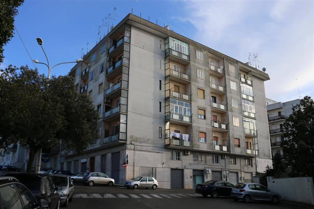 Trilocale in Via Mario Greco 42, Martina Franca