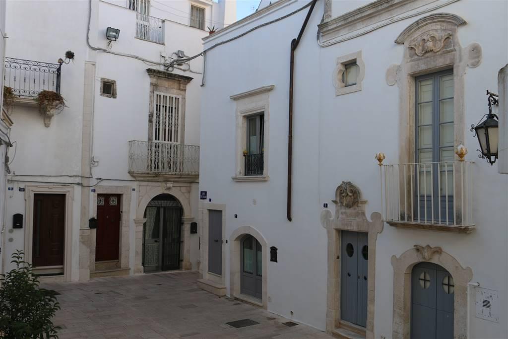 Appartamento indipendente in Centro Storico Largo Conte Ugolino 1, Martina Franca
