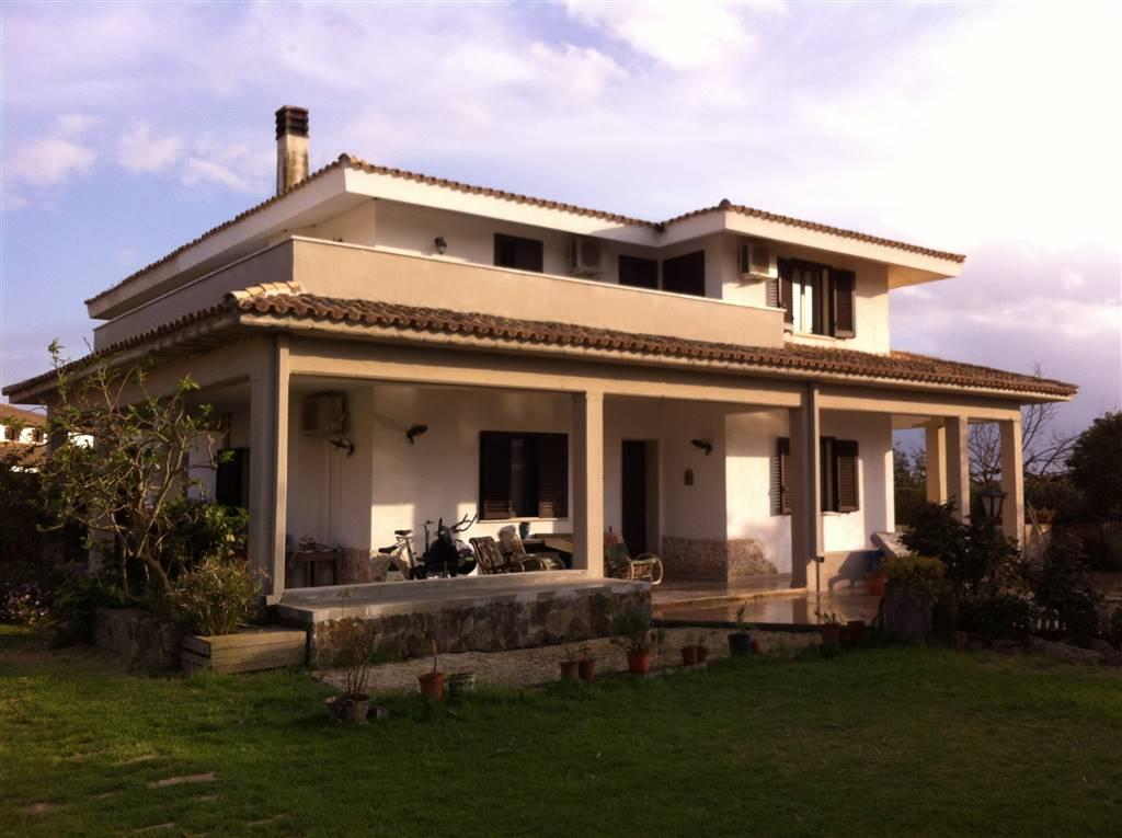 Villa in affitto a Siracusa, 8 locali, zona Zona: Cassibile, Trattative riservate | Cambio Casa.it