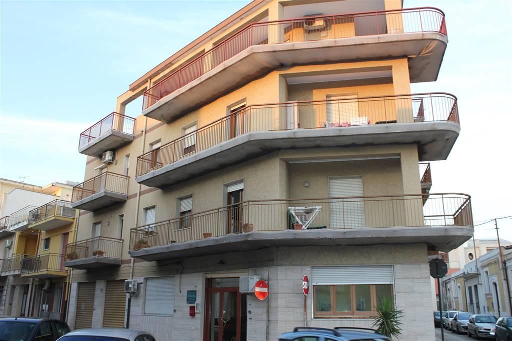 Appartamento in vendita a Floridia, 6 locali, prezzo € 78.000 | CambioCasa.it