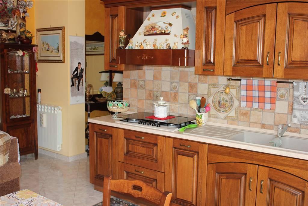 Appartamento in vendita a Floridia, 4 locali, prezzo € 78.000 | CambioCasa.it