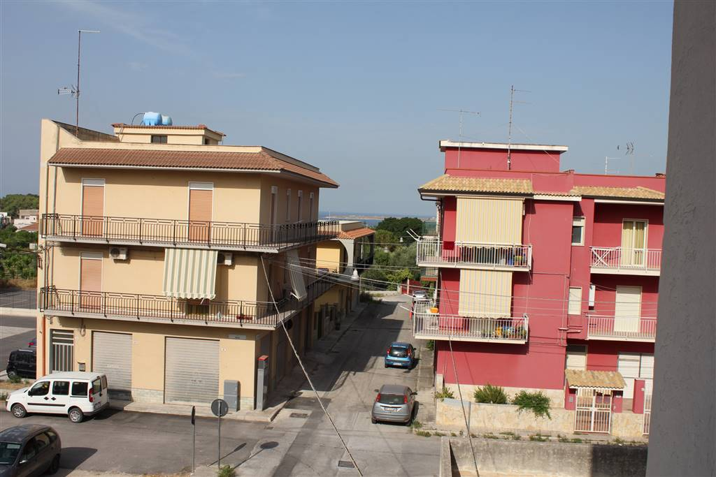 Appartamento in vendita a Priolo Gargallo, 5 locali, prezzo € 78.000 | CambioCasa.it