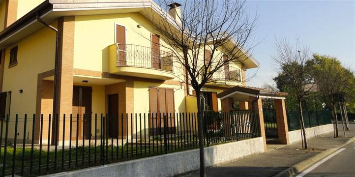 Villa in vendita a cavenago di brianza 5 locali 166 mq - Agenzie immobiliari brianza ...