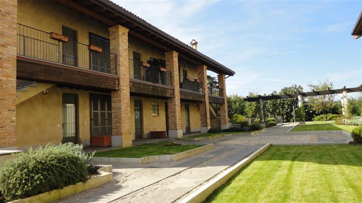 Appartamento in vendita a besana in brianza for Trova casa brianza