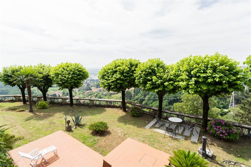 Villa in Vendita a Missaglia: 5 locali, 1200 mq