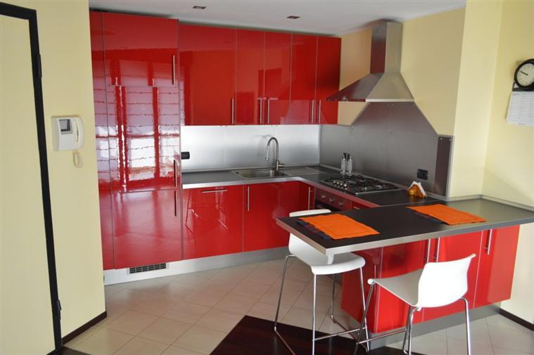 Appartamento in Vendita a Carugate: 2 locali, 60 mq