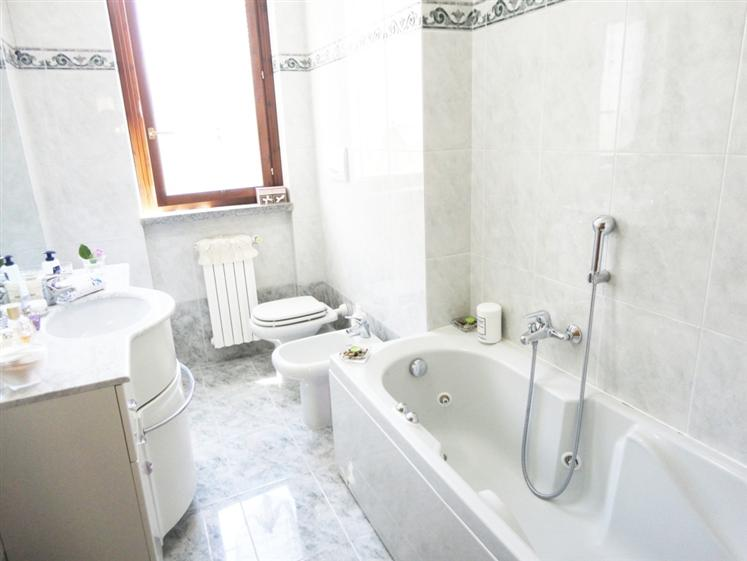 Appartamento in vendita a san giuliano milanese piazza - Piastrelle san giuliano milanese ...
