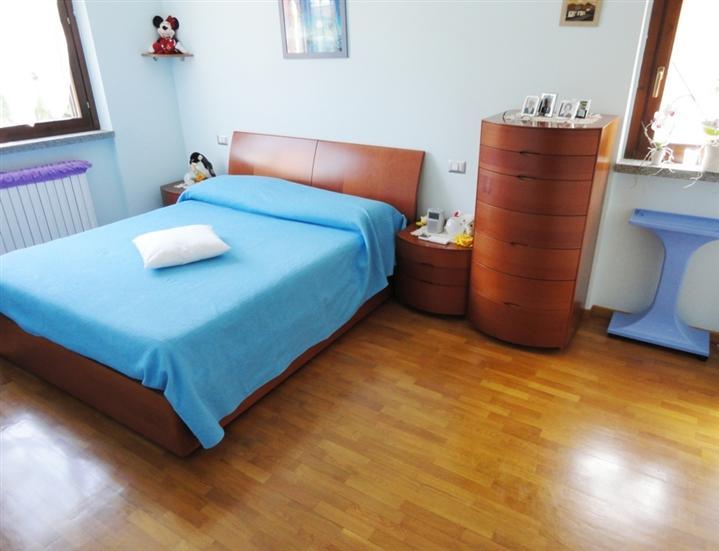 Appartamento in vendita a san giuliano milanese piazza for Corbetta arredamenti san giuliano milanese