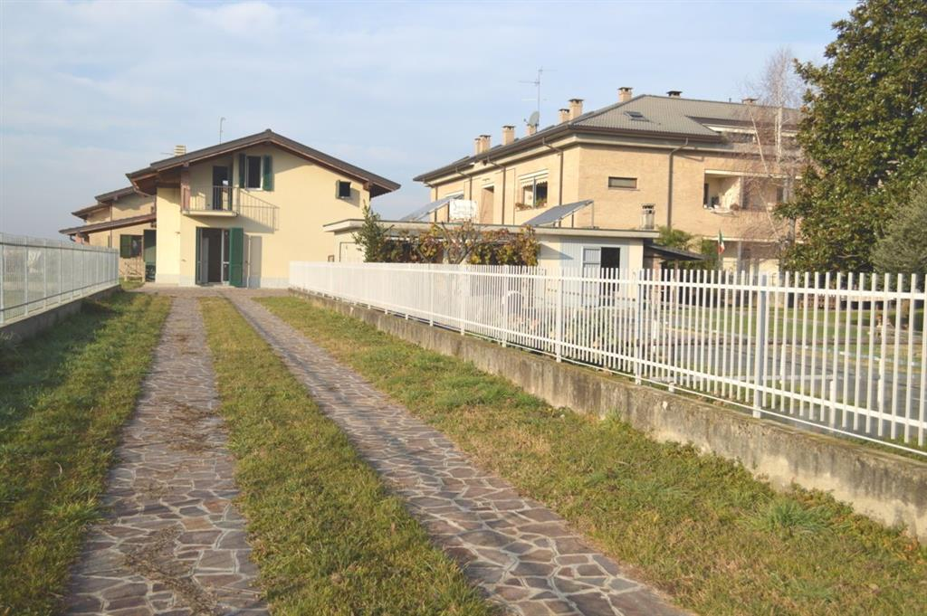 Ville monza brianza in vendita e in affitto cerco villa - Cerco piscina fuori terra ...