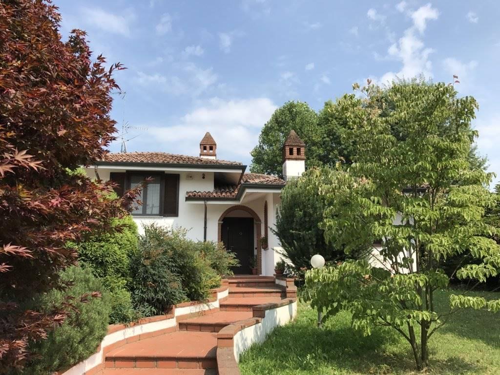 Villa in Vendita a Garlasco:  4 locali, 280 mq  - Foto 1