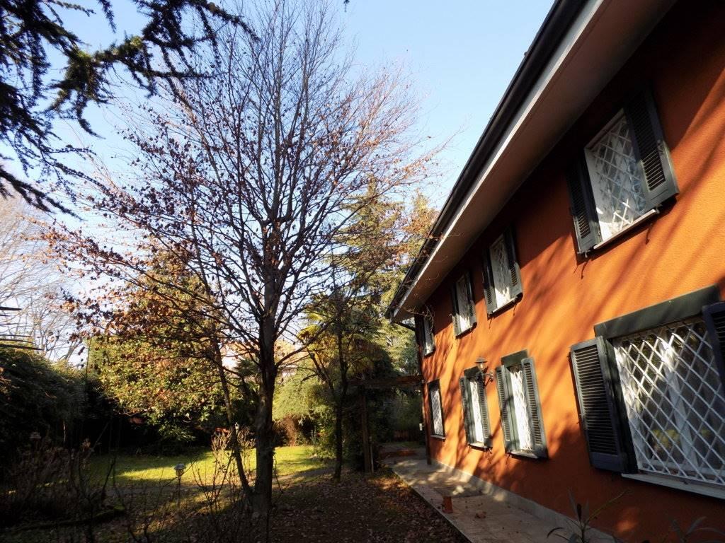 Villa in Via Luciano Manara  25, Lesmo