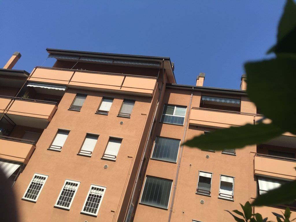 Appartamento in Vendita a Caponago: 3 locali, 77 mq