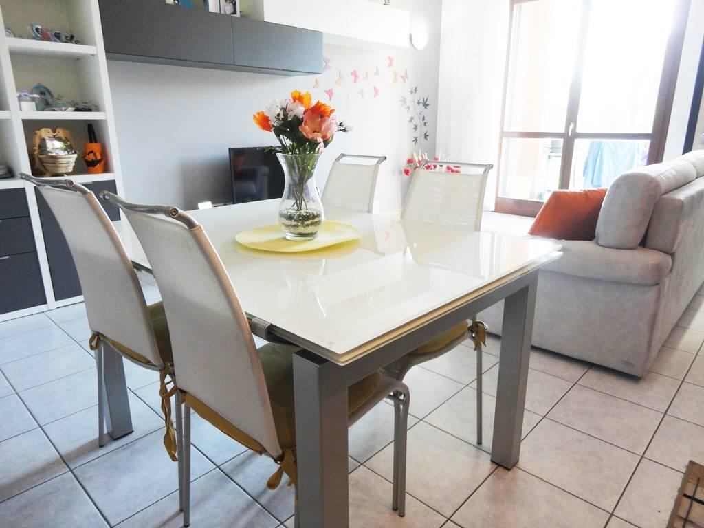 Appartamento in Vendita a Ornago:  3 locali, 97 mq  - Foto 1