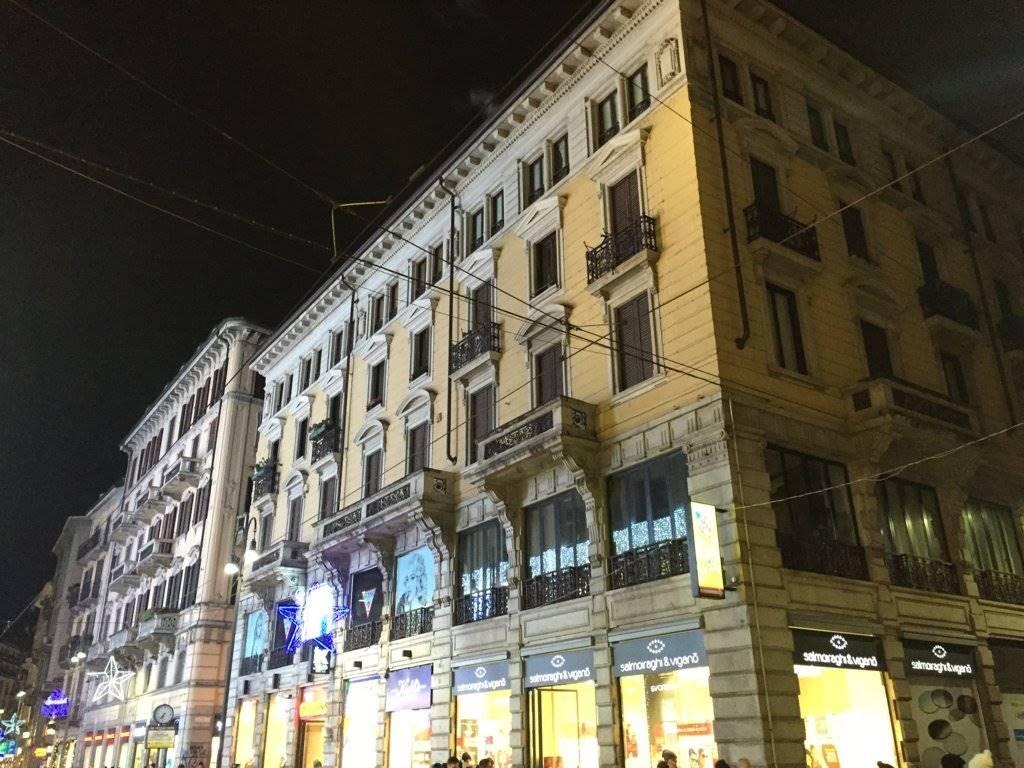 Trilocale in Via Torino 34, Centro Storico, Milano