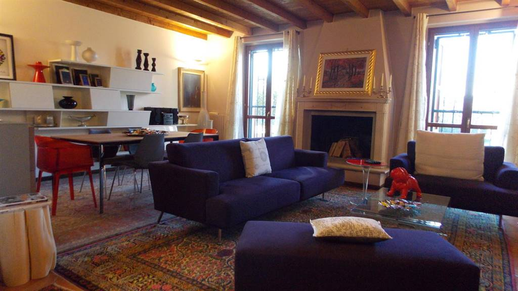 Villa in Vendita a Cernusco Lombardone: 5 locali, 200 mq