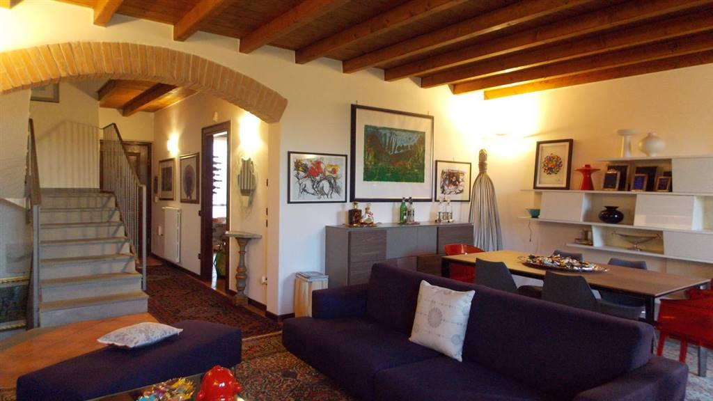 Villa In Vendita Cernusco Lombardone