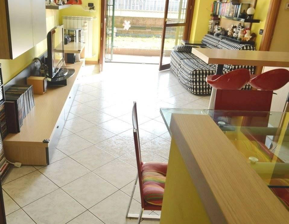 Appartamento in Vendita a Busnago: 2 locali, 60 mq