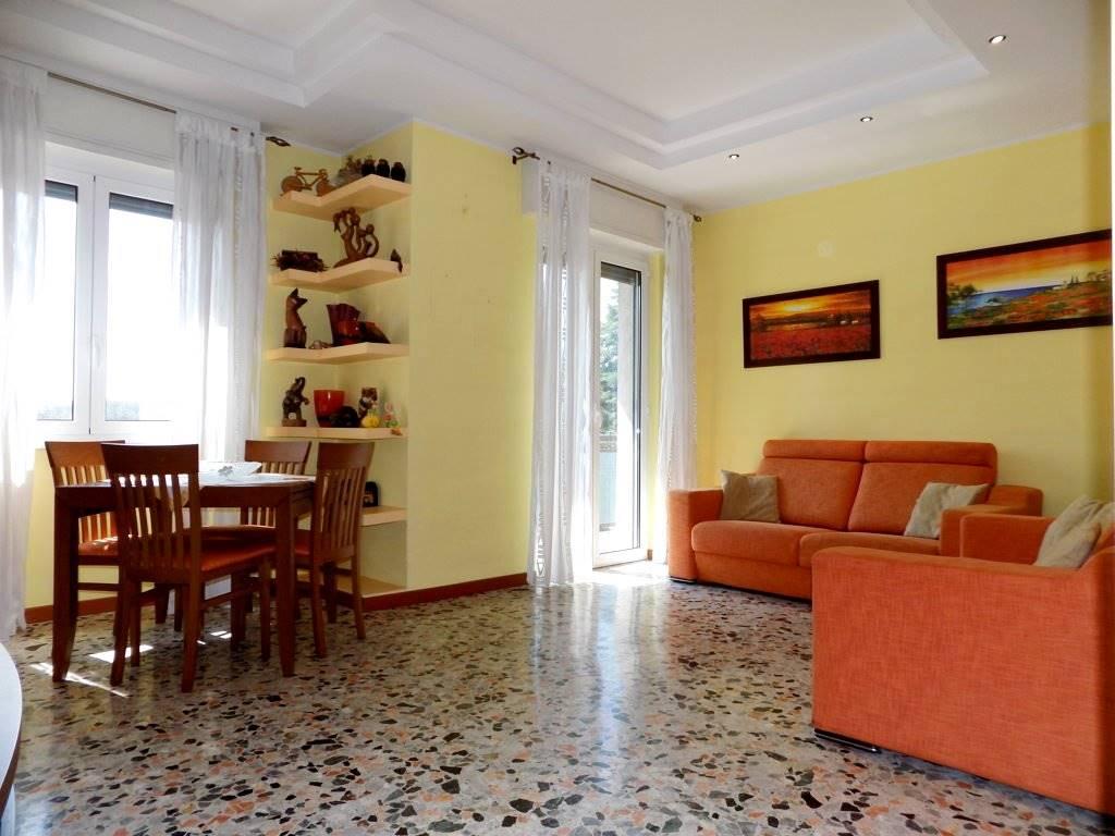 Appartamento in Vendita a Cavenago Di Brianza:  3 locali, 100 mq  - Foto 1