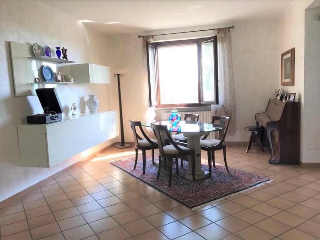 Villa in vendita a san giuliano milanese via volturno 51 - Piastrelle san giuliano milanese ...