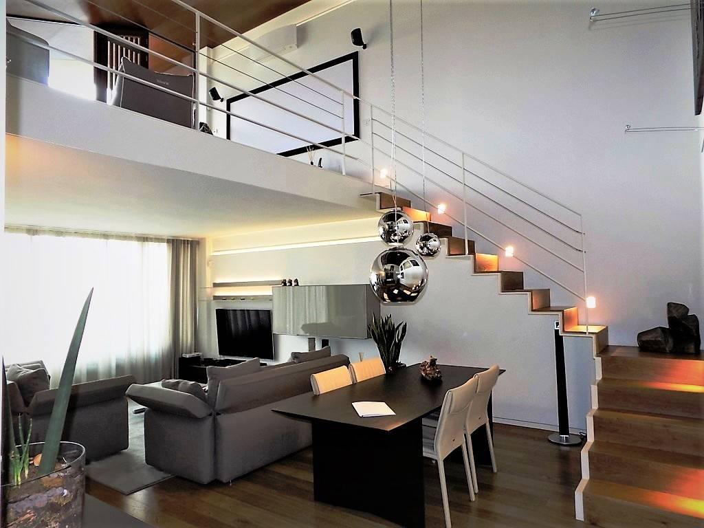 Appartamento in Vendita a Vimercate: 4 locali, 145 mq