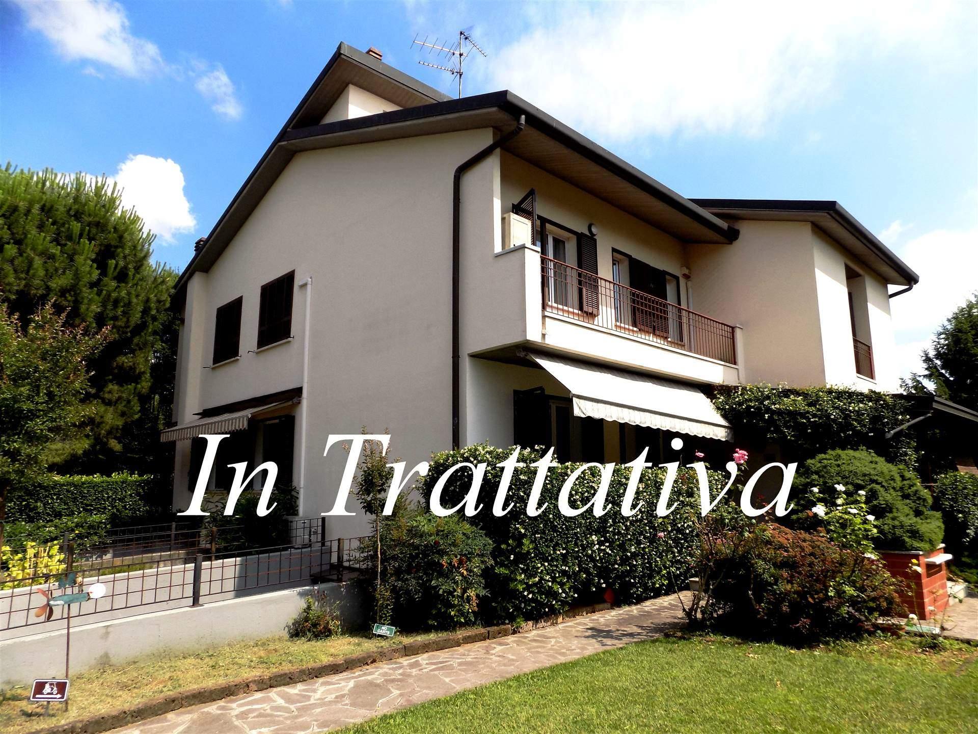 Villa in Vendita a Pioltello: 4 locali, 209 mq