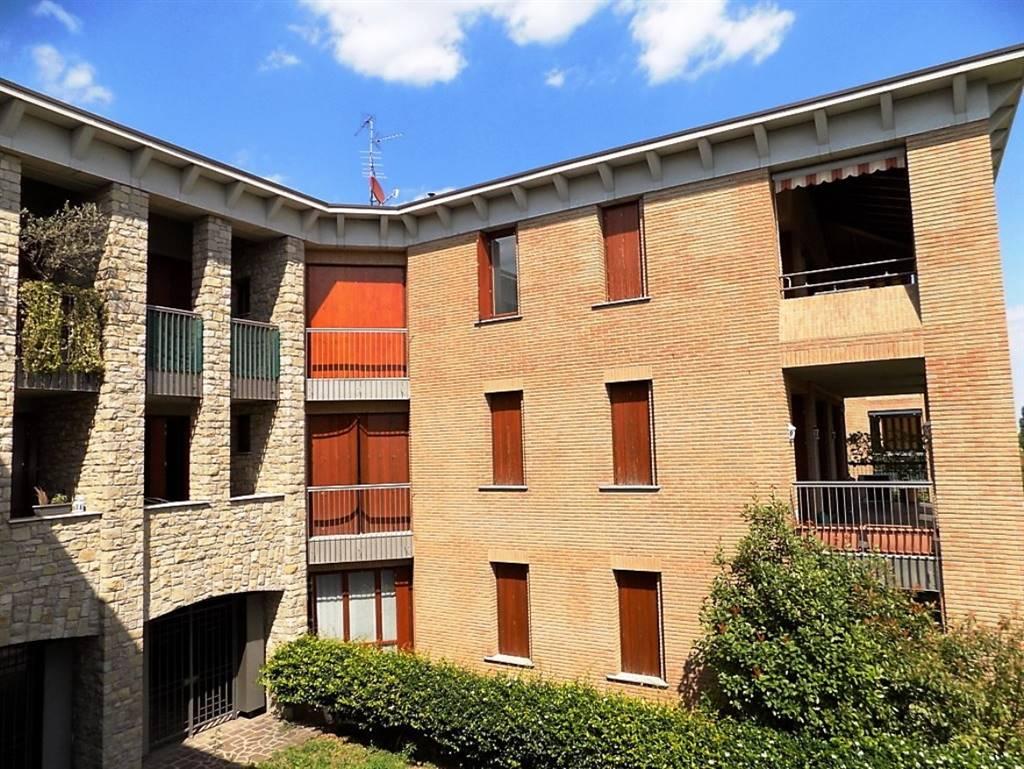 Appartamento in Vendita a Merate: 3 locali, 110 mq
