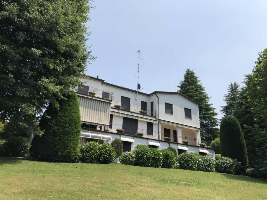 Villa in Vendita a Fino Mornasco:  5 locali, 500 mq  - Foto 1