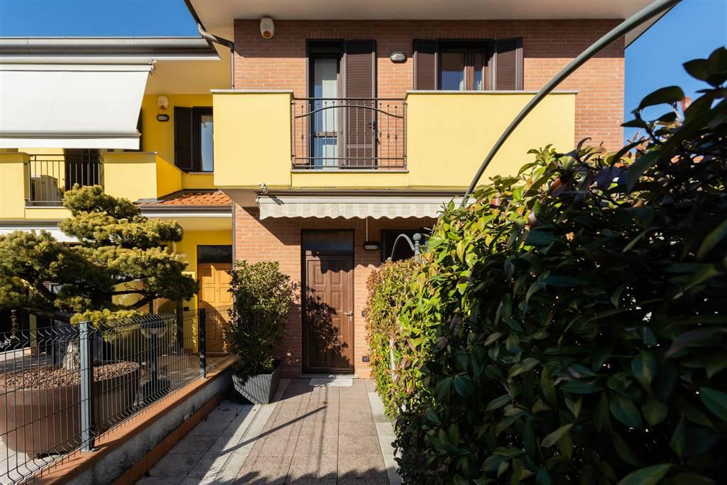 Villa in Vendita a Agrate Brianza:  4 locali, 200 mq  - Foto 1