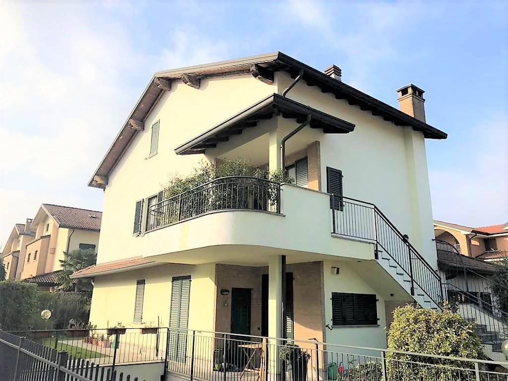 Appartamento in Vendita a Bellusco:  4 locali, 150 mq  - Foto 1