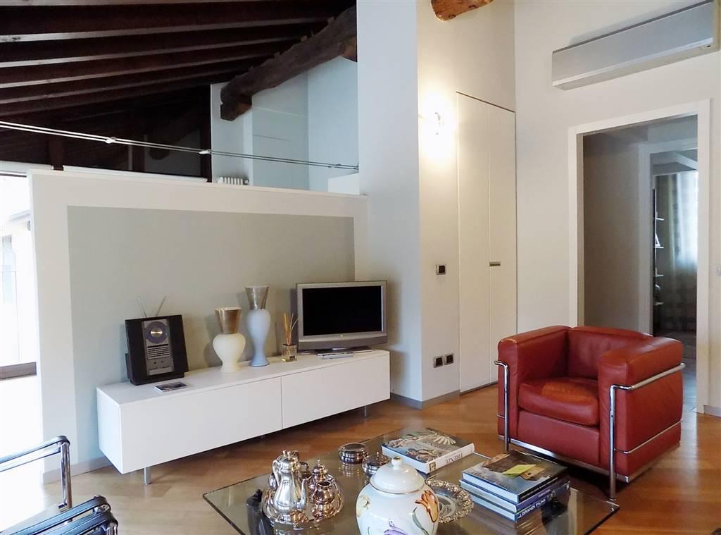 Appartamento in Vendita a Trezzo Sull'Adda: 3 locali, 90 mq