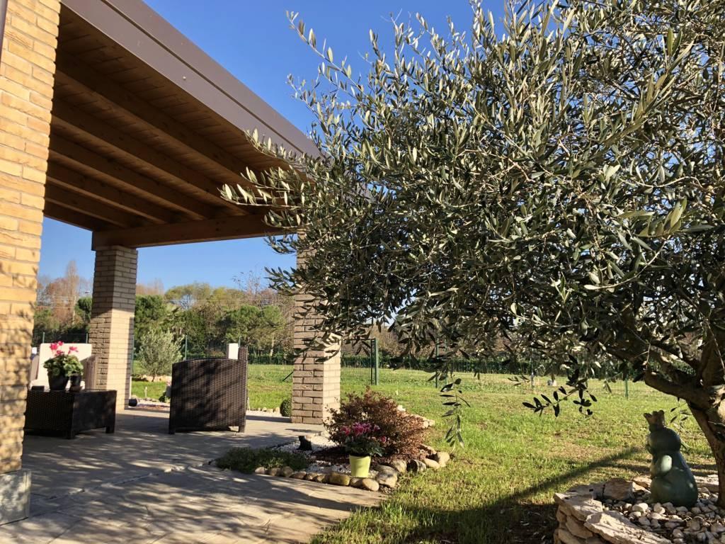 Villa in Vendita a Sulbiate:  3 locali, 140 mq  - Foto 1