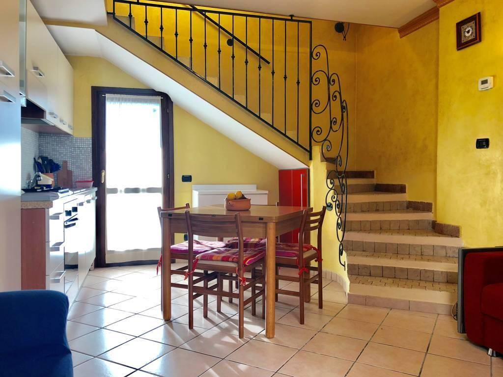 Appartamento in Vendita a Bernareggio:  2 locali, 60 mq  - Foto 1