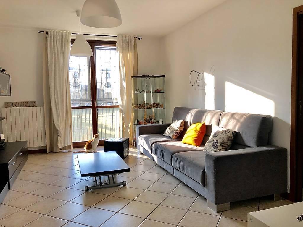 Appartamento in Vendita a Settala: 3 locali, 90 mq