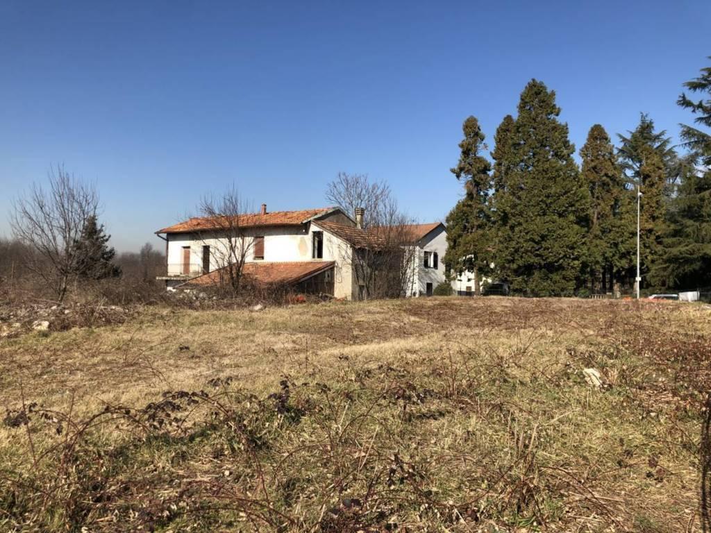 Terreno residenziale in Vendita a Ornago: 2048 mq