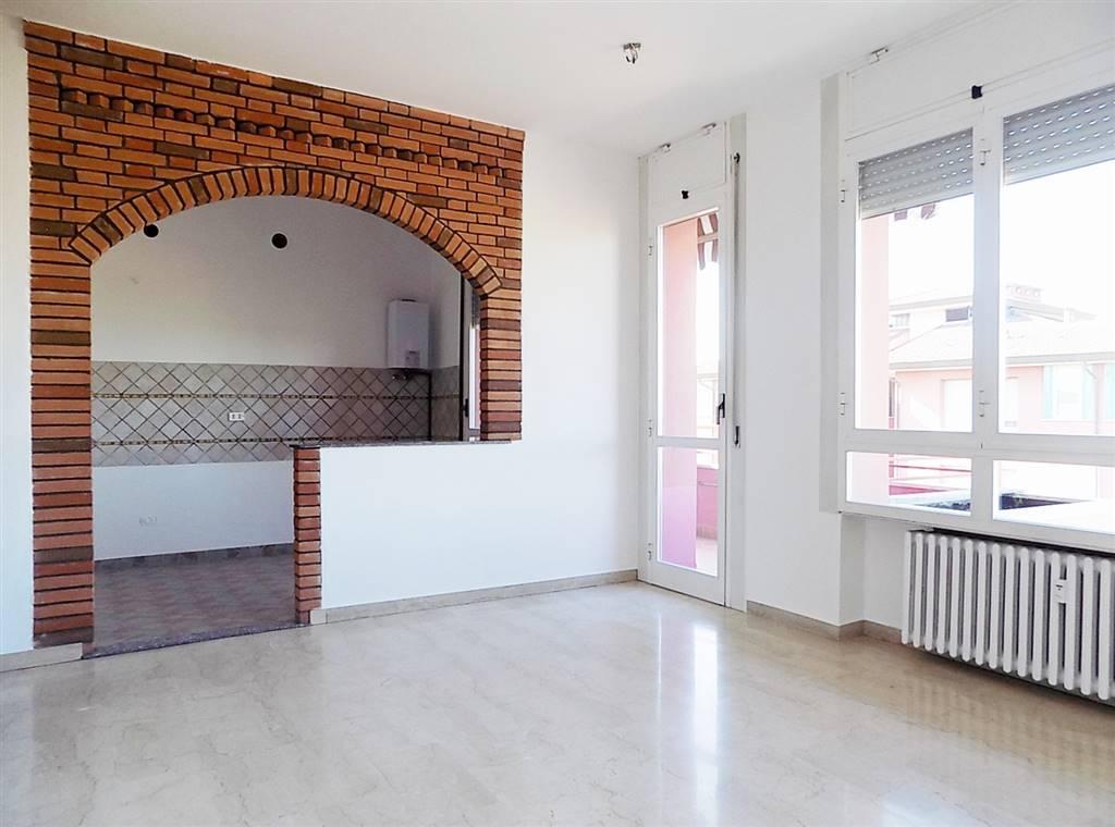 Appartamento in Vendita a Cavenago Di Brianza: 4 locali, 110 mq